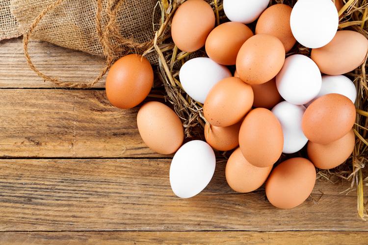 Resultado de imagem para ovos caipiras